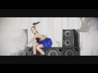 Gabi_-_Free_(Official_Video)_TETA